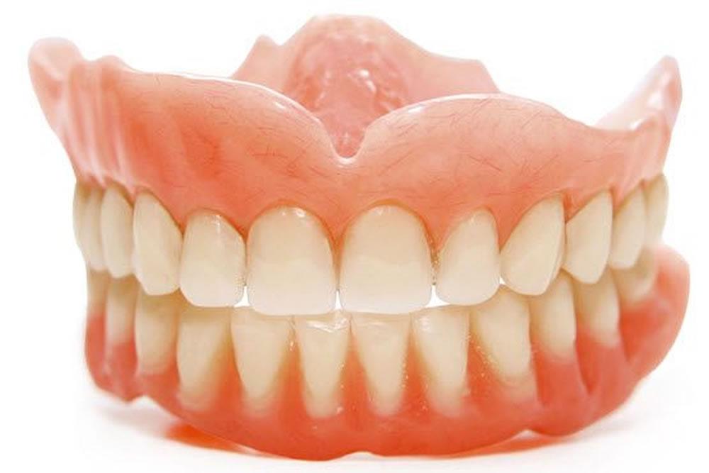 治療用入れ歯